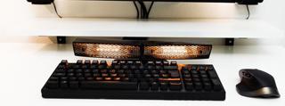 键盘取暖器让你超神时手指不再僵硬