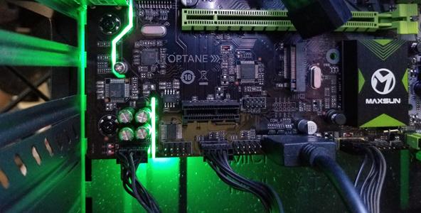 铭瑄挑战者B360M主板开箱!7相供电完美应对8代酷睿