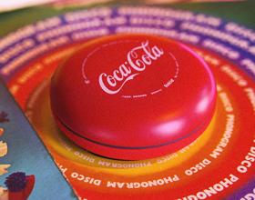 熟悉的一抹红!若琪·Me可口可乐联名款音箱开箱体验