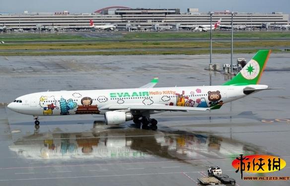 当经典动画电影遇上飞机:盘点全球卡通花机