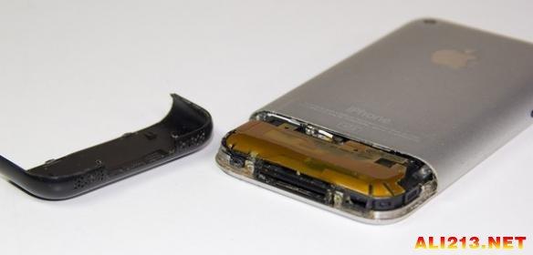 第一代iphone手机长什么样?拆开外壳看内部构造
