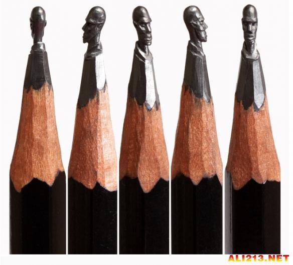 国外雕刻家令人拍案叫绝的铅笔微雕
