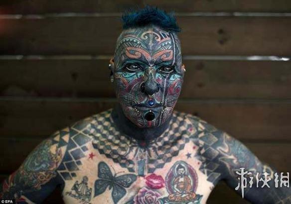 世界纹身大赛:挑战你的眼球,这究竟是美还是痛?图片
