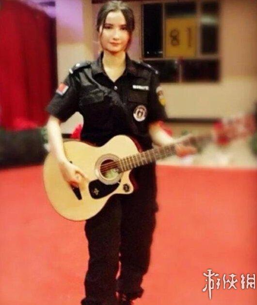 新疆兵团女民警生活照走红网络