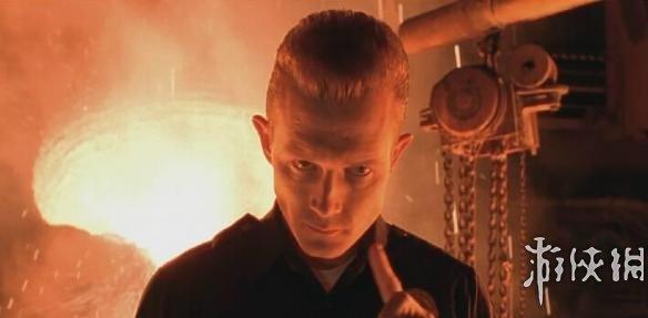点评:这部影片上映时,由液体金属制成的T-1000一度引起轰动,现在看来这一创意依然非常棒。然而,这一角色真正出彩之处在于演员罗伯特-帕特里克的精彩表现,他塑造了动作电影史上最令人恐惧的反派。选择帕特里克来饰演T-1000是个非常棒的选择,看他与大块头的阿诺拼死相博也是件非常爽的事情。    评分:4.