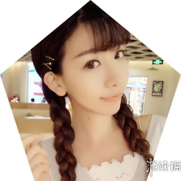 小林志玲陈潇清新麻花辫美照来一波