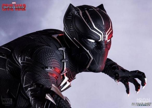 黑豹标志性头盔延伸阅读 -美队3 雕像作品第一弹 钢铁侠阵营黑豹闪亮