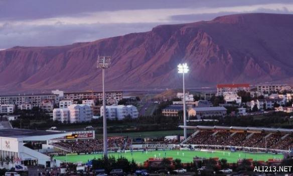神奇球队谱写励志传奇!冰岛足球队爆冷击败英格兰