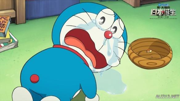 """""""日本国民动漫""""《哆啦A梦》的第36部剧场版《哆啦A梦:新·大雄的日本诞生》于今年春季在日本公映后,取得了连续三周票房冠军的好成绩,并获得不同年龄层观众的好评。该片有望引进内地,并于今日曝光了一张先导海报,身着原始人服装,手握石头枪的蓝胖子一脸正义凛然,尽显反差萌。  哆啦A梦-先导海报 去年《哆啦A梦:伴我同行》内地上映在观众群中引发了一片追忆怀旧风。今年,《哆啦A梦:新·大雄的日本诞生》将再次与内地观众相遇,继续陪伴,成为最治愈的一道银幕风景。  今"""