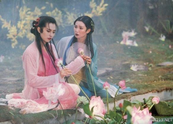 《青蛇》   导演:徐克   编剧:李碧华/徐克   主演:张曼玉/王祖贤