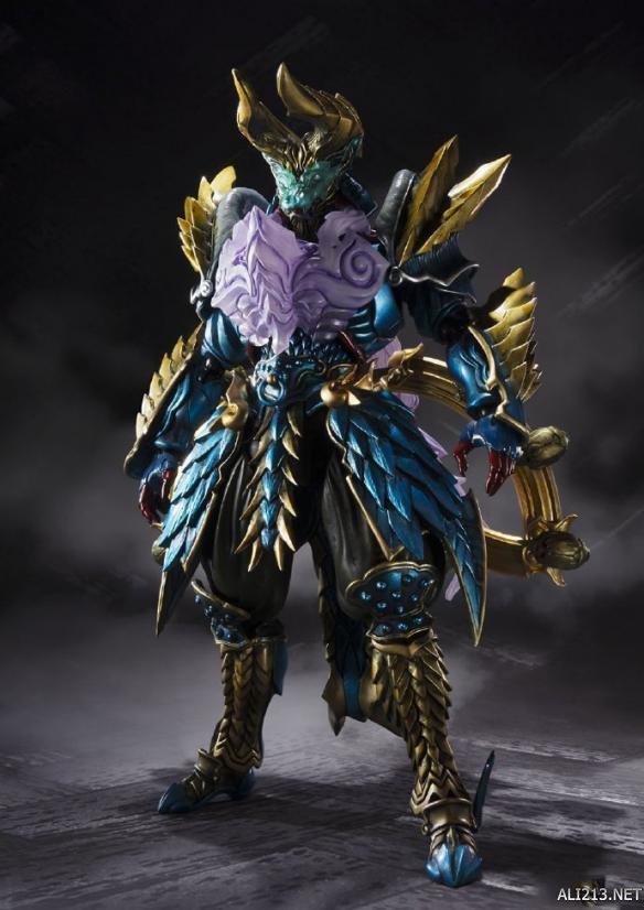 《怪物猎人》雷狼龙手办 更换配件呈现霸气完整状态