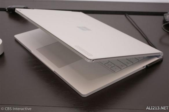 微软New Surface Book i7:性能提升两倍 续航16小时