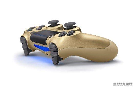 索尼新款金银款PS4手柄12月15日上市 售价380人民币