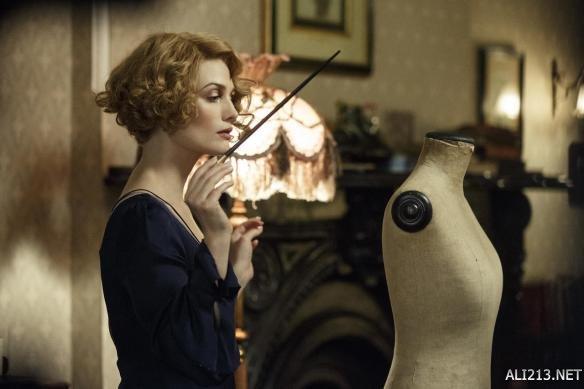 伏地魔,斯内普,《神奇动物在哪里》的女二号奎妮同样擅长摄神取念.