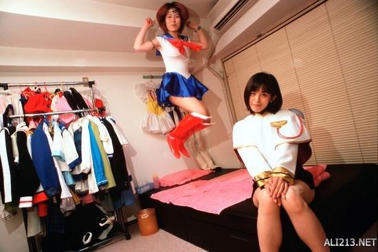 少女变成水手制服!情趣的校服服是越变越污的?情趣sm描写图片