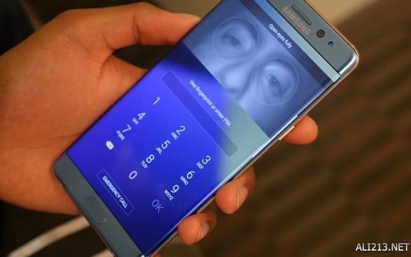 苹果慌了!iPhone 8/8S齐曝光:摄像头3D传感器延期
