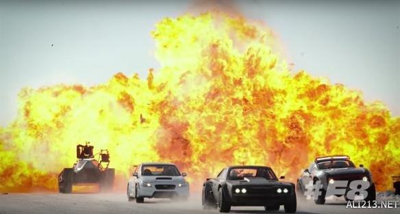 《速度与激情8》国内午夜场票房收获5500万 轻松打破《速7》2年记录