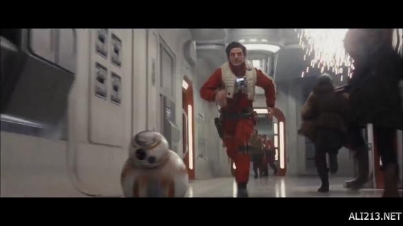 《星球大战8》首曝预告 卢克天行者宣称让绝地武士灭亡!