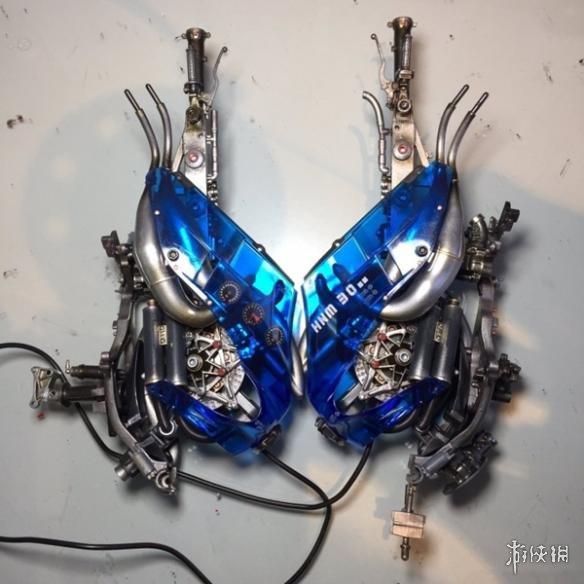 日本大神脑洞科幻作品赏 高达零件被改造成了Bra!