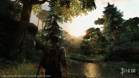 同时这次的补丁也修复了游戏在多人模式中的一些BUG或漏洞。《美国末日》最初登陆的是PS3平台,之后经过画面经过重置后登陆了PS4平台。而此次顽皮狗再次对游戏的PS4 Pro版最初强化,并将进一步提升这部神作的画面效果。   外媒对比的游戏更新前后的阴影效果: