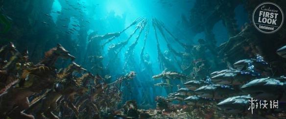 《海王》曝光全新logo概念图 海底世界细节设定揭秘