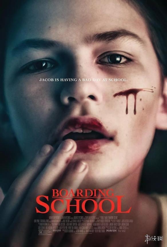本月最佳恐怖片《寄宿学校》:女装大佬变身变态杀人狂