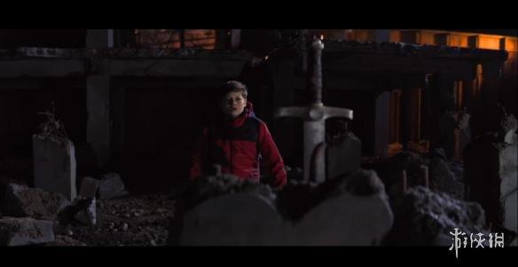 魔幻片《王者少年》首段预告公布!讲述小男孩拔出亚瑟