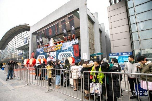 铁鹰锐士电竞嘉年华总决赛首日现场 感受电竞的魅力