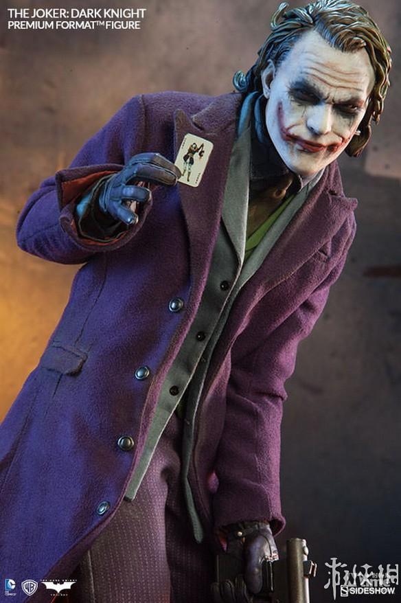 蝙蝠侠 黑暗骑士 推出1 4小丑雕像 再现经典形象