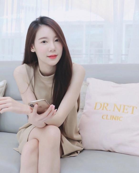 泰国小姐姐Carolis Mok美图 清甜系御姐抚媚勾人