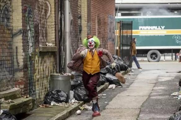 《小丑》竟然不是第一!豆瓣评选2019年十佳外语片
