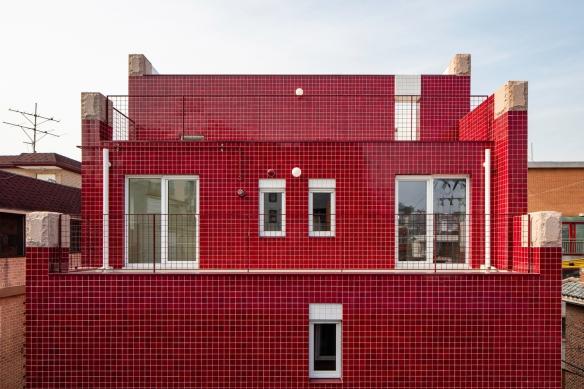 《我的世界》风公寓楼鹤立鸡群 像素风也是时尚的宠儿!