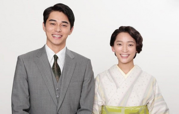 东出昌大承认曾出轨未成年女星已和妻子渡边杏分居
