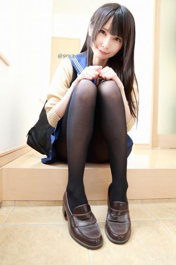 樱花妹くるみ最新美腿写真照娇小可爱而又不失诱惑
