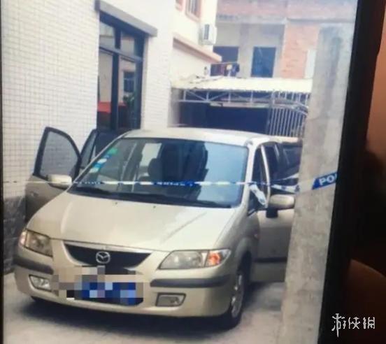 两男孩车内窒息家属要求车主担责 称其没锁车门导致