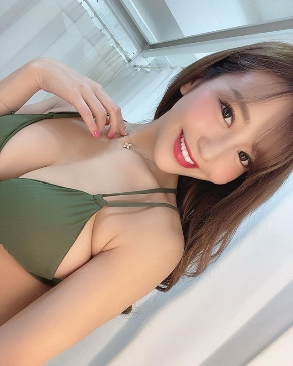 影片曾外流!日本第一车灯女大学生复出后超性感!