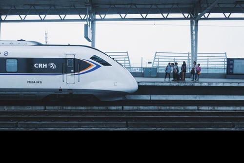 十一火车票今起开抢 十一国庆和中秋节出现重合