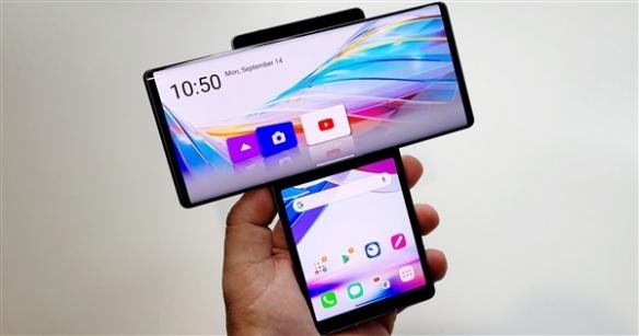 """全球首款可旋转的双屏5G手机:造型神似""""锤子""""!"""