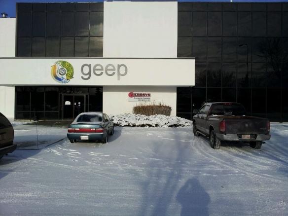 Geep违规回收10万台iPhone、iPad出售!苹果已起诉