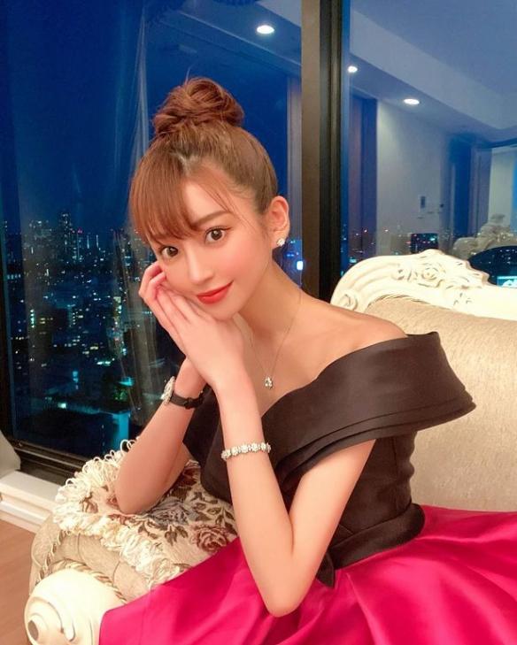 年收2亿!日本第一女公关绘美!滴酒不沾称霸歌舞伎町