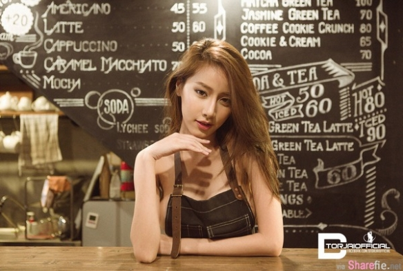 泰国咖啡女神Pichana Yoosuk 魔鬼身材挡不住的诱惑