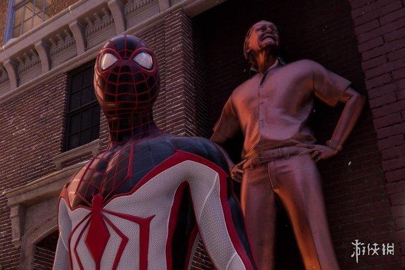 """《蜘蛛侠:迈尔斯》致敬黑豹演员 街名为""""博斯曼路"""""""
