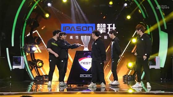 NEST:Forge表现神勇 VG战队2-0横扫RW斩获冠军