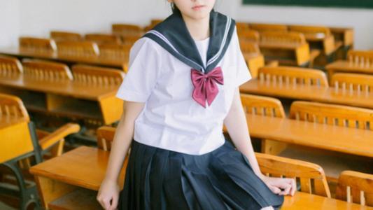 11区超80%学校学生只能穿\