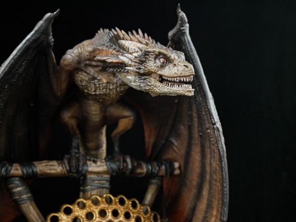 《权力的游戏》角色雕像:龙妈超强质感!剑指铁王座!