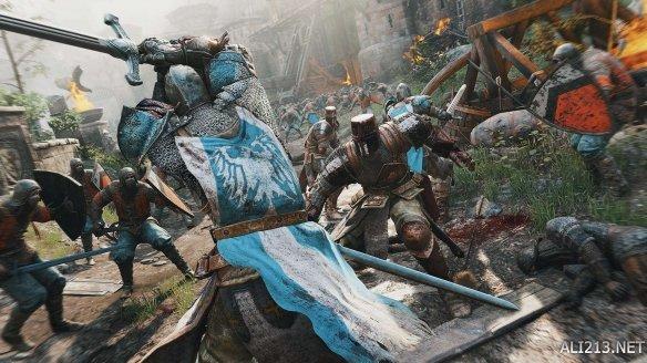 抡门板杀人?游戏与现实中的双手剑究竟有何不同