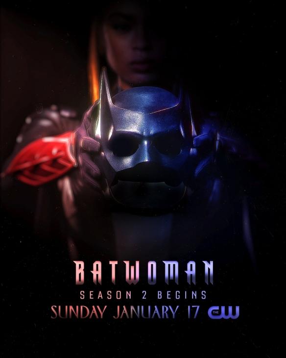 《蝙蝠女侠》第二季曝新海报 黑人蝙蝠女侠摘下面具