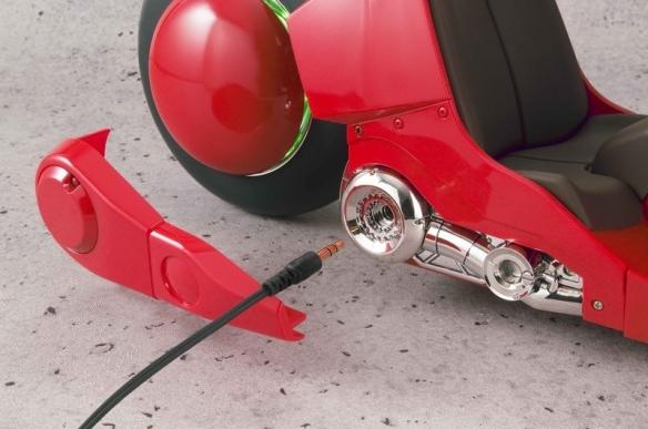 传奇名漫《阿基拉》主角红摩托手办推重制版 更还原