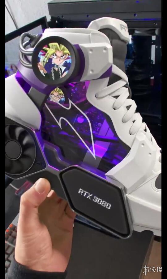 搭载RTX 3080的跑鞋?网友:我的PC都没这么高的配置