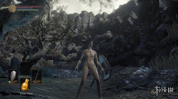 《黑暗之魂3》有完整果体人物模型!零售版被删除